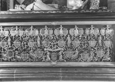 Grabmal Karls des Kühnen von Burgund (+ 1477) — Linke Längsseite
