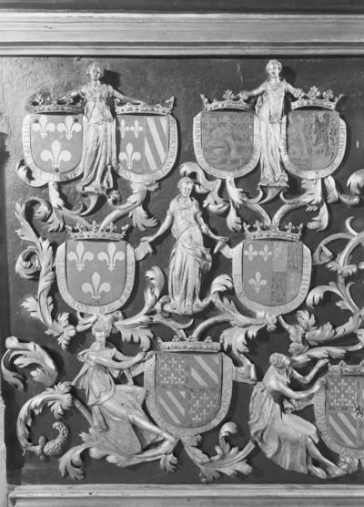 Grabmal Karls des Kühnen von Burgund (+ 1477) — Rechte Längsseite — Darstellungsdetail