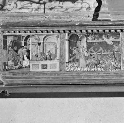 Altaraufsatz: Madonna zwischen Heiligen — Predella — Die Zerstörung des Rades