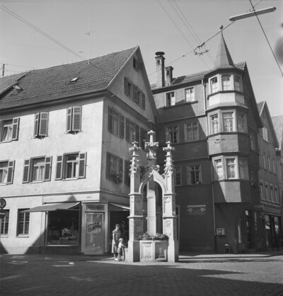 Lindenbrunnen, Reutlingen, Obere Wilhelmstraße