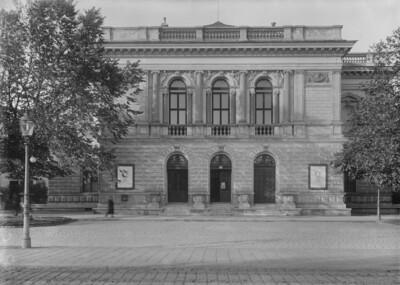 Künstlerhaus, Wien - 1. Bezirk (Wien), Karlsplatz