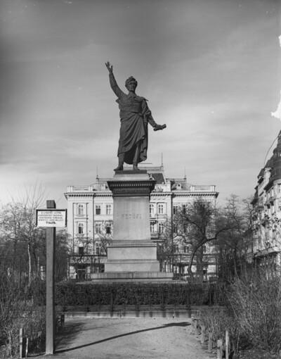 Denkmal für Sándor Petőfi