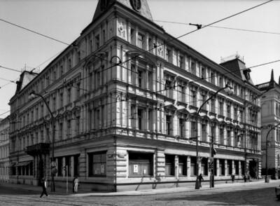 Palais Lažanký & Haus Nr. 1012, Prag - Altstadt (Prag), Smetanaplatz Nationalstraße