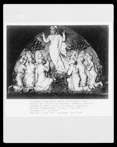 Tür zur Sagrestia vecchia, Lünette mit Himmelfahrt Christi