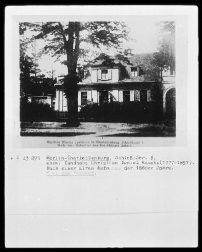 Landhaus, Berlin - Charlottenburg (Berlin), Schlossstraße 6