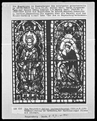 Fenster H I, Gelbes Laubwerkfenster. Untere Felder: Petrus auf der Kathedra mit kniendem Stifter Philippus