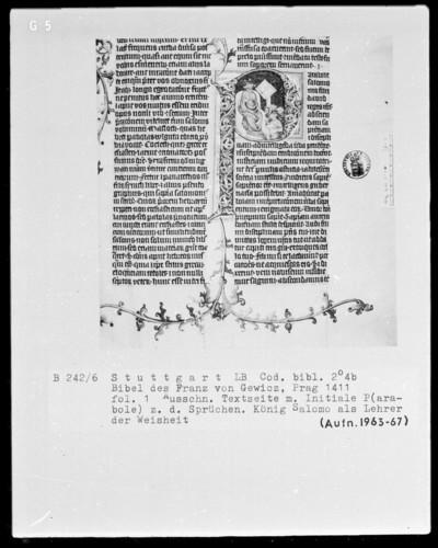 Lateinische Bibel in zwei Bänden für Franz von Gewicz — Initiale P (arabole Salomonis) mit Salomon als Lehrer der Weisheit, Folio 1recto
