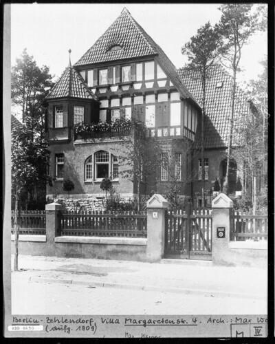 Villa, Berlin - Zehlendorf (Berlin), Margaretenstraße 4
