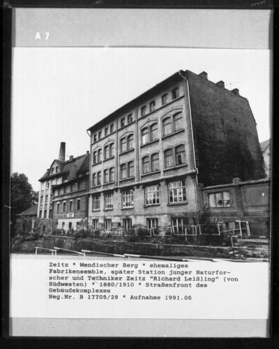 Image from object titled Fabrik Wohnhaus, Zeitz, Wendischer Berg