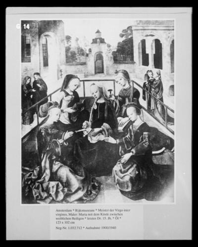 Maria mit dem Kinde zwischen weiblichen Heiligen