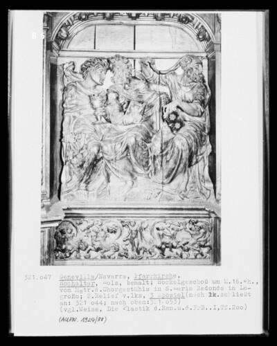 Hochaltar, Detail Sockelgeschoss, 2. Bildfeld von links: Apostelfiguren