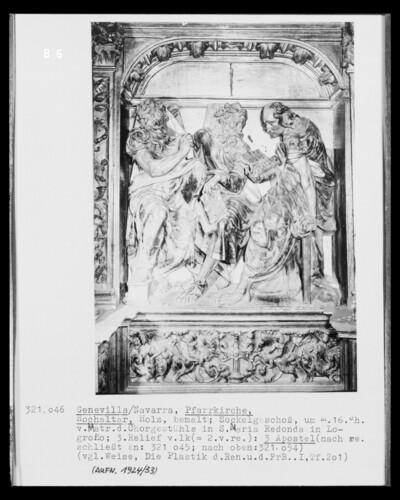 Hochaltar, Detail Sockelgeschoss, 3. Bildfeld von links: Apostelfiguren