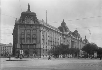 Ehemaliges Kriegsministerium & Regierungsgebäude