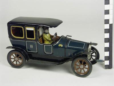 Auto met chauffeur , Hessmobil 1022