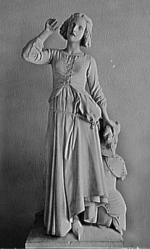 statue ; Jeanne d'Arc écoutant ses voix (Domrémy, vers1412)