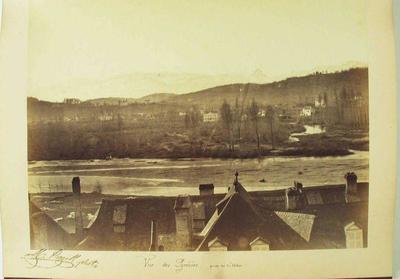 Image from object titled tirage photographique (élément d'ensemble) ; album ; Vue des Pyrénées, prise du château (titre inscrit)