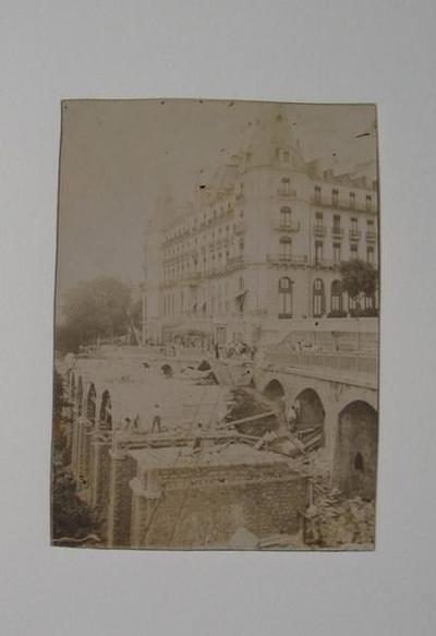 tirage photographique ; Pau, travaux d'élargissement du bd des Pyrénées