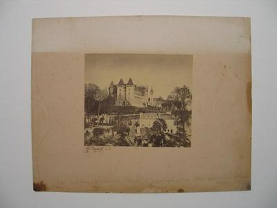 Image from object titled tirage photographique ; Château, vue Sud-ouest et Basse-Plante