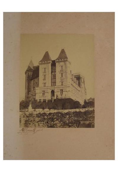 Image from object titled tirage photographique ; Château de Pau, façade ouest et pont de Nemours
