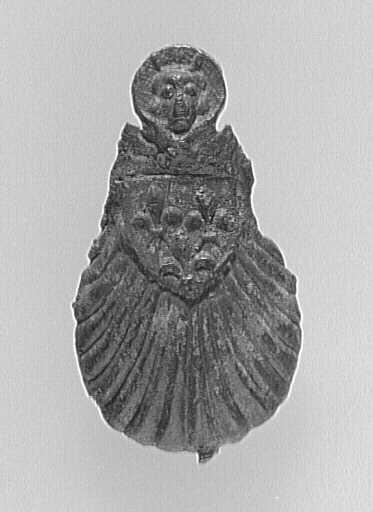 enseigne de pèlerinage ; coquille, buste de saint Michel, blason