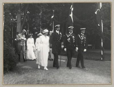 Kongefamilien ved genforeningsfesten i Dybbøl Skanser d. 11. juli 1920
