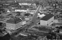 Image from object titled Freiburg i. Br.: Blick von der Spitze des Münsters auf Kaiserstraße mit Siegesdenkmal