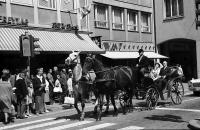 Image from object titled Freiburg i. Br.: Pferdekutsche fahrend in der Kaiser-Joseph-Straße