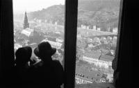 Image from object titled Heidelberg: Aussicht von einem Erker im Heidelberger Schloss auf die Stadt