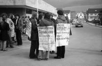 Image from object titled Pfaffenweiler: Atomkraftwerkgegner protestieren vor dem CDU-Kreisparteitag