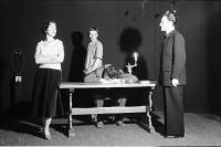 Image from object titled Freiburg: Kleines Theater am Wallgraben; Mein Faust, Fragmente von Paul Valery; Mephisto und Schüler sowie Lust und Diener