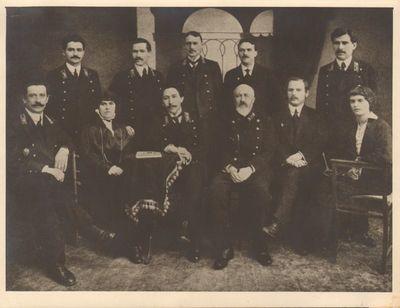 Image from object titled M. Yčo vardo gimnazijos pedagogų Taryba Voroneže 1916 metais