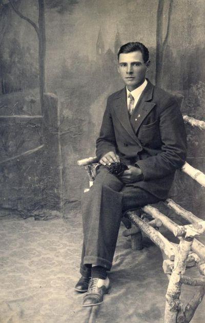 Nežinomas vyras B. Rastausko ateljė