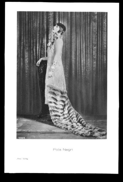 Image from object titled Pola Negri