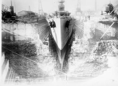 Image from object titled [Barco en construcción en los astilleros]