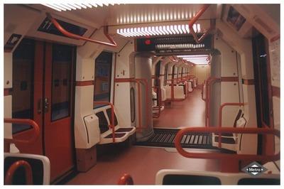 Image from object titled Interior de un tren 6000