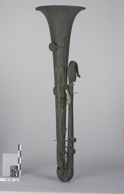 Bassophikleide