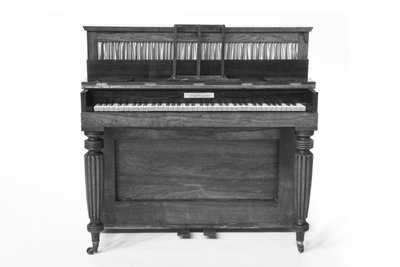 Image from object titled Upright pianoforte.; Piccolo Piano Forte.