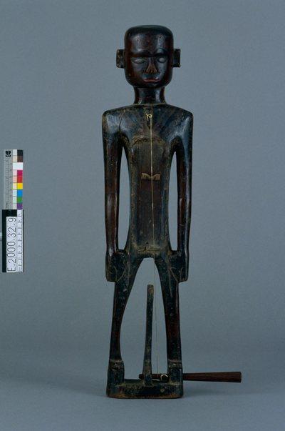 """Image from object titled Vièle anthropomorphe monocorde """"huka banam"""""""