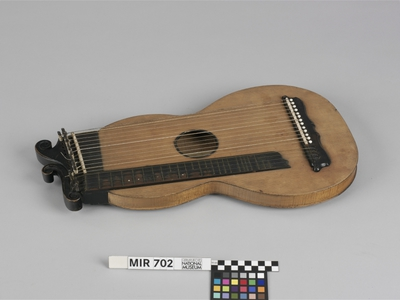Image from object titled Mittenwalder Zither