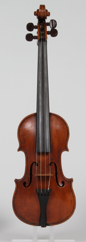 Image from object titled Violino piccolo