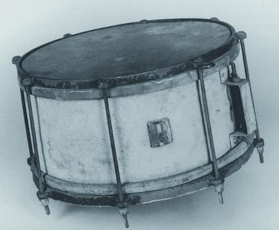 Image from object titled Schraubentrommel; Kleine Trommel