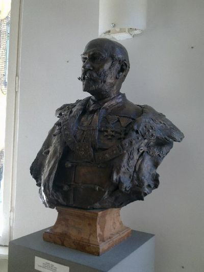 Ráth György mellszobra