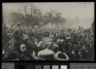 Image from object titled [Mulhouse, entrée des troupes françaises, novembre 1918] / [photo., J. Risler]