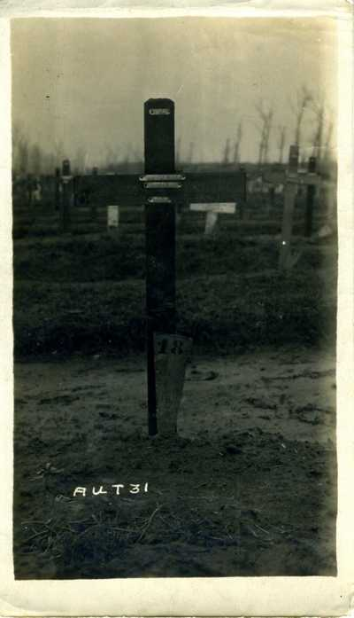 Photos of Uncle Edwards grave (1)