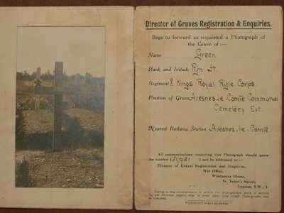 Graves Registration Card with photograph of grave of Rifleman Harry Green