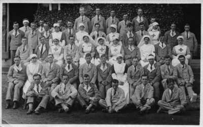 Photograph of Corporal John Henry Kelty with patients and nurses (2)