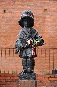 Warszawa - Pomnik Małego Powstańca