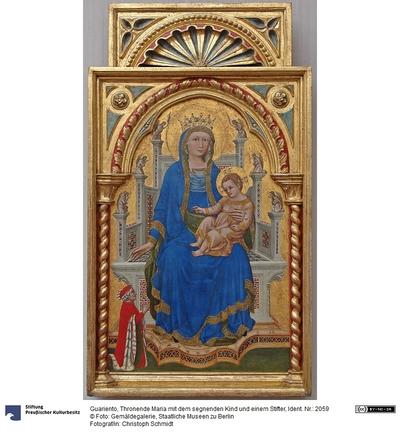 Thronende Maria mit dem segnenden Kind und einem Stifter