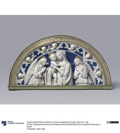 Madonna mit zwei anbetenden Engeln