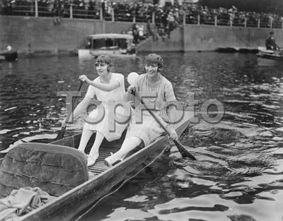 River Girls  Despite the absence of sunshine the two river girls , found pleasure boating  on the Thames 31 August 1922